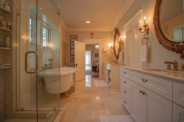 Marble flooring in elegant bathroom