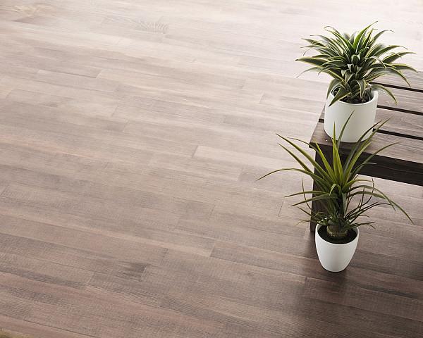 Vinyl flooring, simple and elegant
