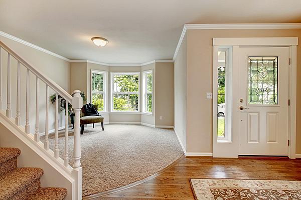 Carpet and engineered flooring image