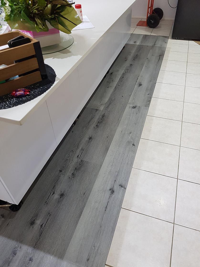 Vinyl flooring replacement image